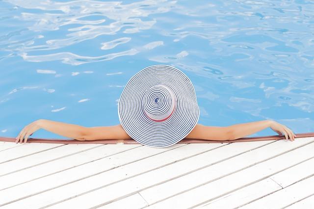 6 tipů jak v horkém létě pečovat o bazén