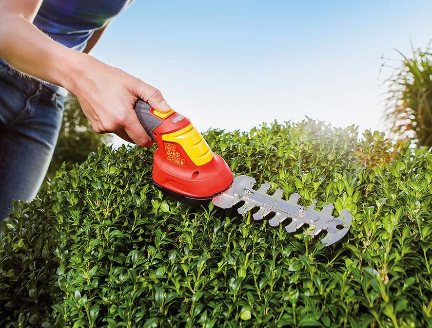 Akumulátorové nůžky pro tvarování dřevin Wolf-Garten Finesse 30E